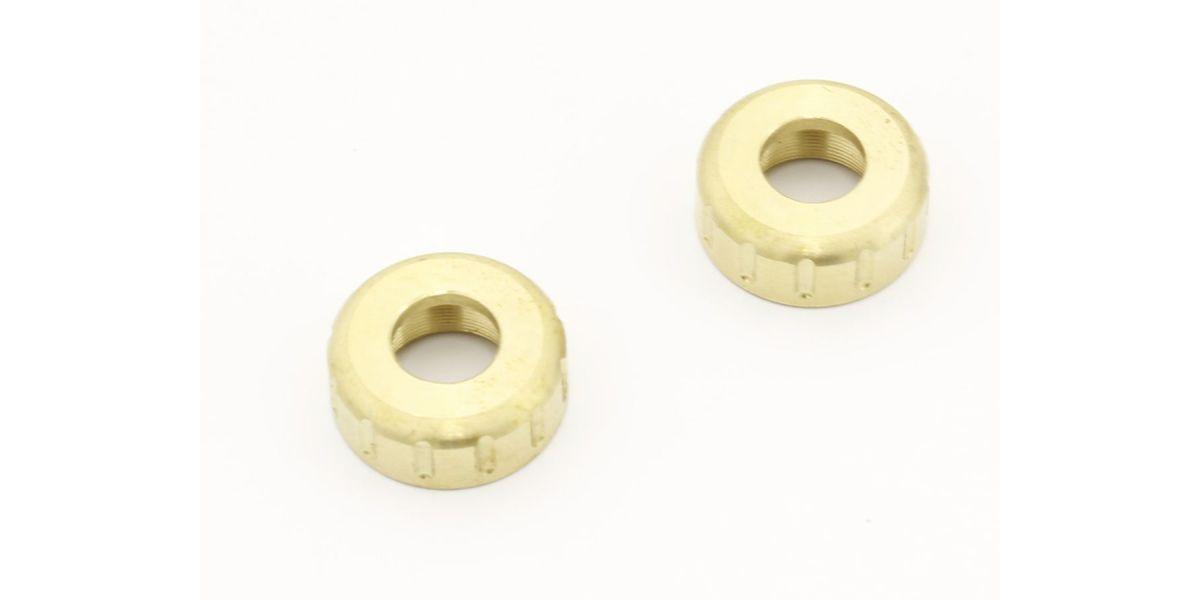 真鍮製のリヤアクスルキャップ。 ヘビーウェイト仕様のアクスルキャップに交換することで、手軽にリヤ荷重を増やすことが可能。 リヤへの荷重はダウンヒル走行時の安定感を高め、スムーズな下り走行に貢献。また、ホイールから覗くゴールドカラーはドレスアップアイテムとしても最適。